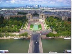 Kilátás az Eiffel toronyból